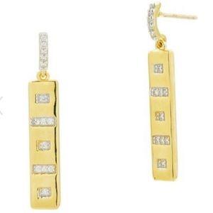 Freida Rothman 14K Gold CZ Drop Earrings. NWT